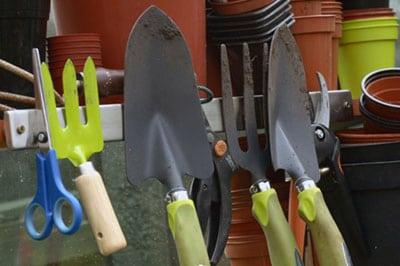 Памятка по выбору садового инвентаря