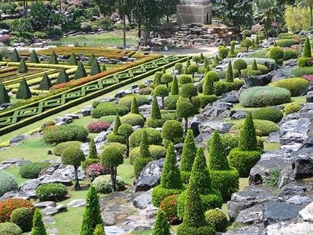 Регулярный и пейзажный стили ландшафтного дизайна